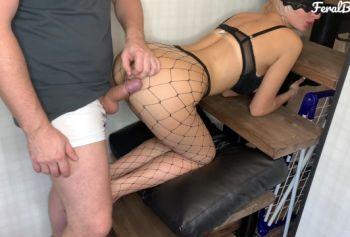 Сексуальная непослушная порно анус сука ФералБерри напросилась на порку и трах