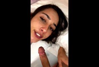 БЕЛЛА СКАЙС порно сиськи жопа c UCAM.SITE не смогла устоять перед сексом