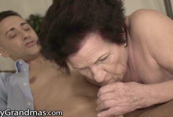 LustyGrandmas Моя порно обмен похотливая приёмная бабка всегда готова к моему члену