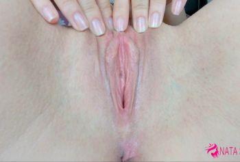 Девственница показывает самое лучшее русское порно свою розовую киску крупным планом чтобы увидеть всё - 4К