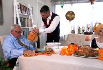 Овладел и xxx трахнул на День Благодарения
